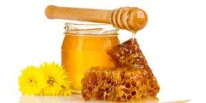 Маска для лица из мёда