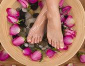 Как лечить потрескавшуюся кожу ног?